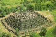 Rebecca Tour - Semarang Port to Borobudur Temple